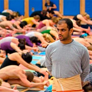 Sharat Jois. / Ashtanga Yoga Madrid | The Mysore Shala